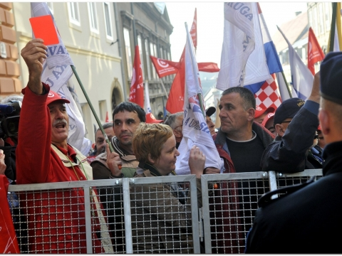 Croatian unionists are protesting against the draft Act on Labour